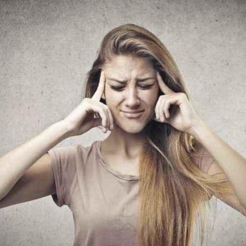 10 rimedi naturali per il mal di testa con effetto immediato